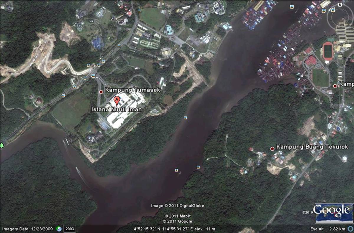 Feng shui july 2011 brunei sultan palace from google earth gumiabroncs Choice Image