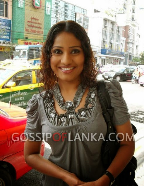 Gossip Lanka, Hiru Gossip, Lanka C News - Actress demands room booked by ex-minister