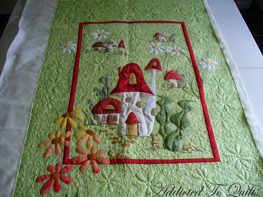 Addicted To Quilts: Cute Applique Quilt