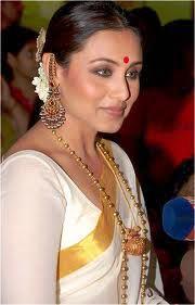 Rani-Mukherjee-in-saree-images-9