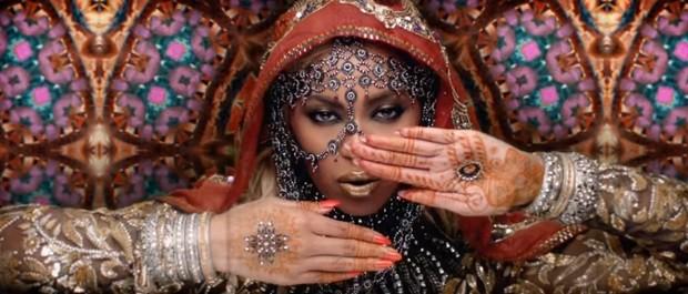 Official video: Beyoncé está de volta a cantora encarna uma estrela de Bollywood