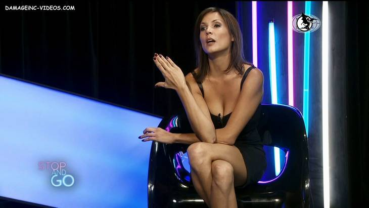 Argentina Celebrity Ursula Vargues hot cleavage in HD video