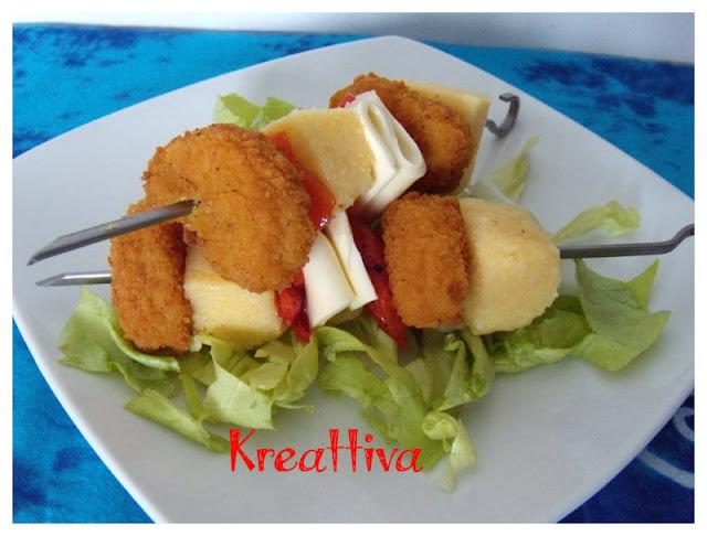 Spiedini di bocconcini di pollo con formaggio e polenta
