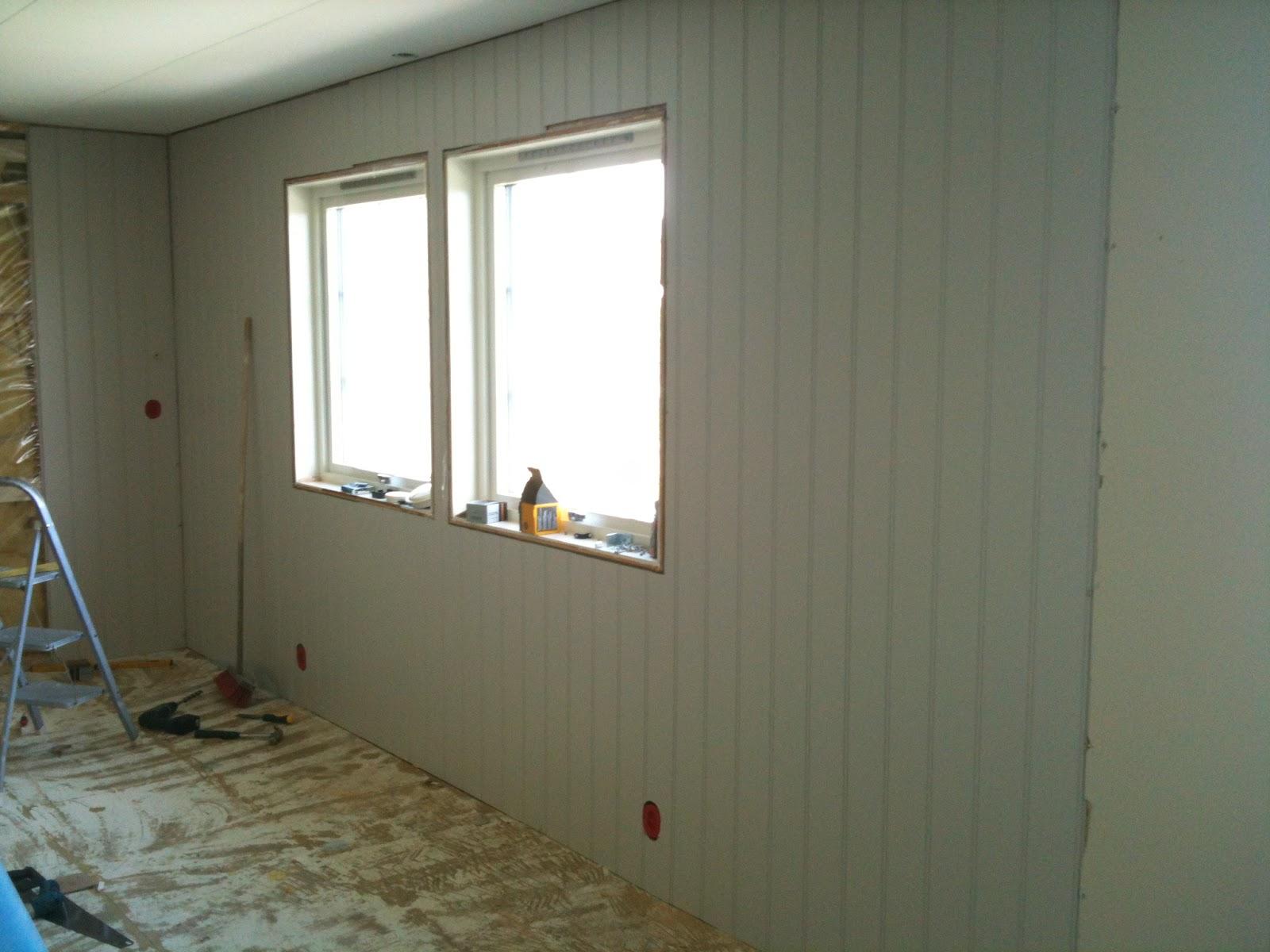 Legge veggplater