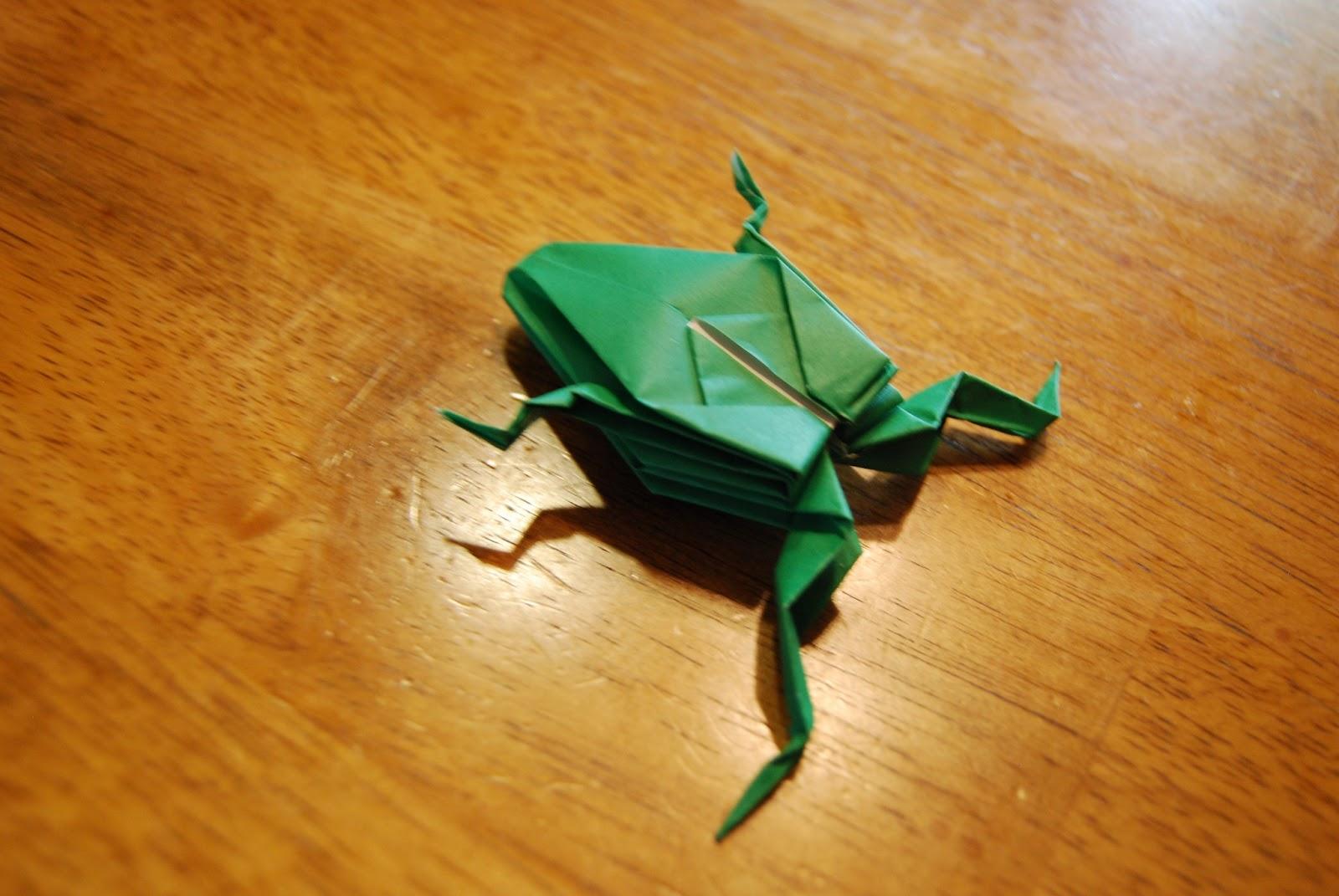 Как сделать лягушку оригами фото