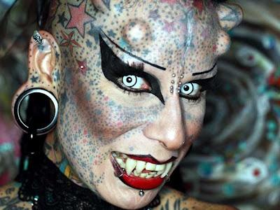 foto: María José Cristerna  (La mujer vampiro)