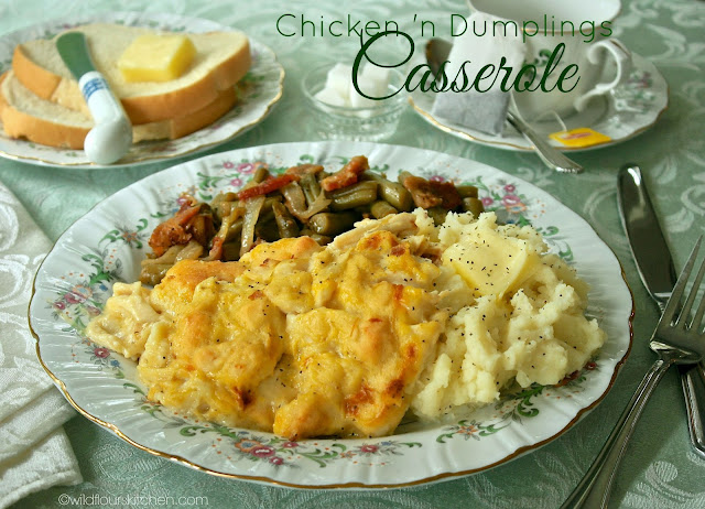 Most Popular of the Week | Chicken & Dumplings Casserole from Wildflour's Cottage Kitchen #SecretRecipeClub #recipe #casserole #chicken #maindish