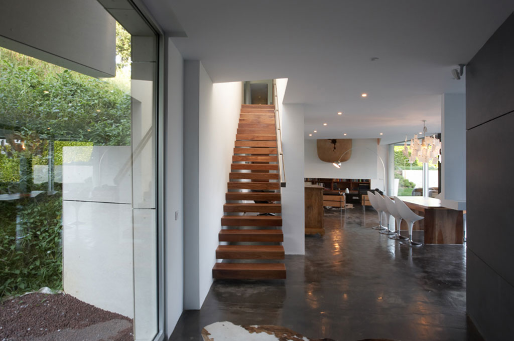 Upstair House Designs Modern