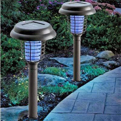 Lampu Taman Tancap Setrum Nyamuk Tenaga Surya
