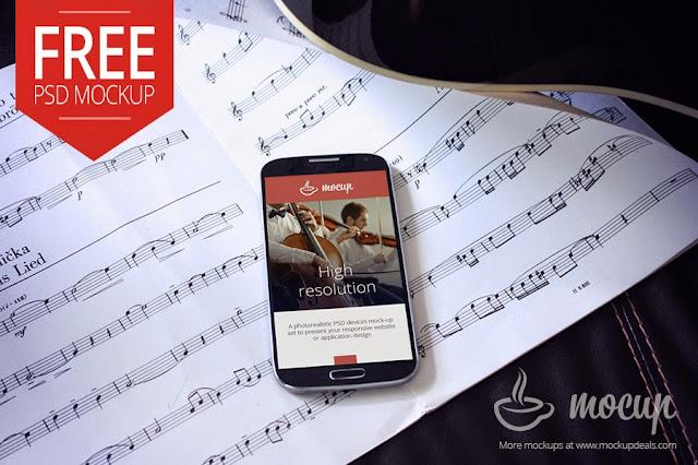 Free Samsung Galaxy S4 Mockup PSD