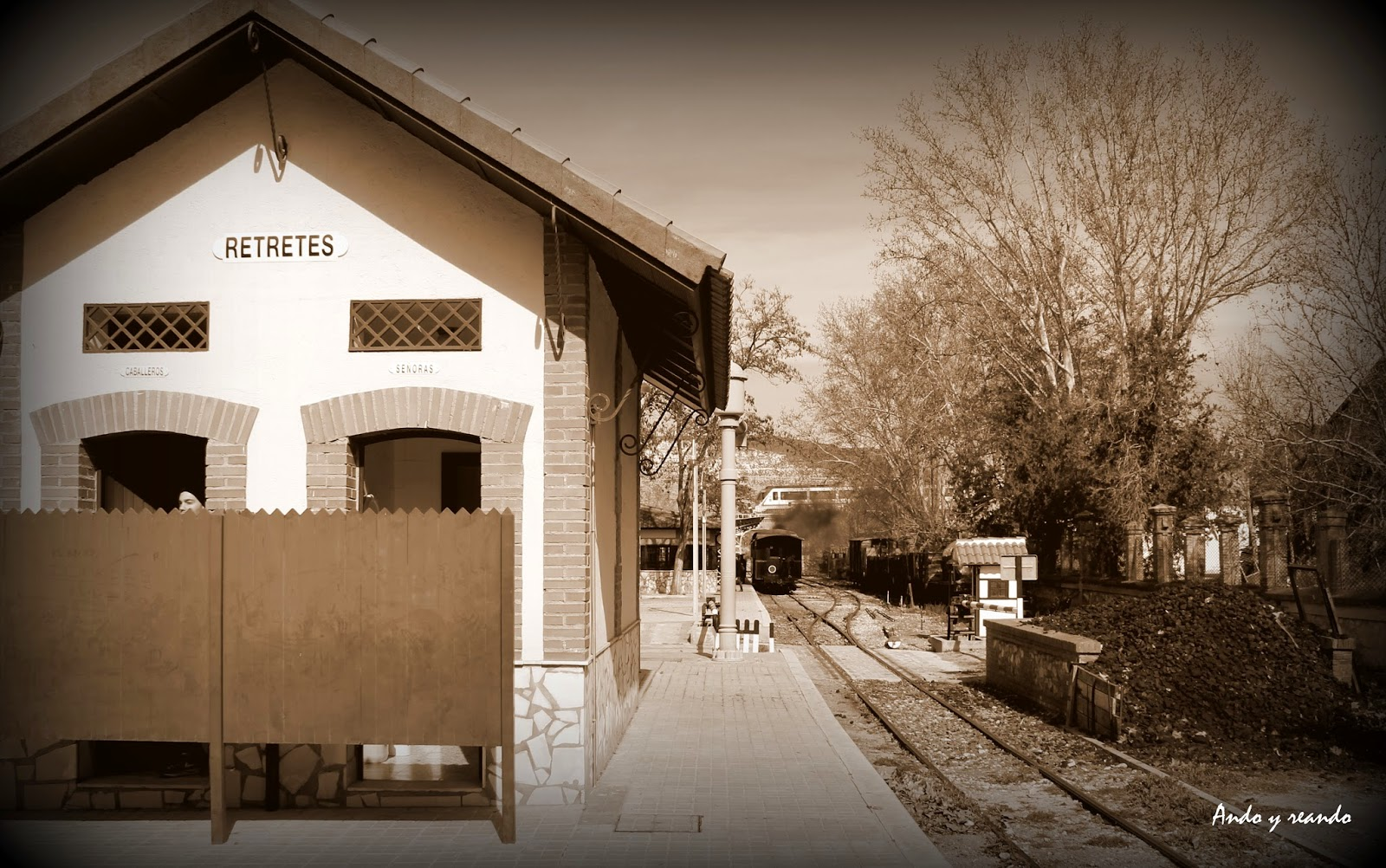 Estación de la Poveda. Tren de Arganda