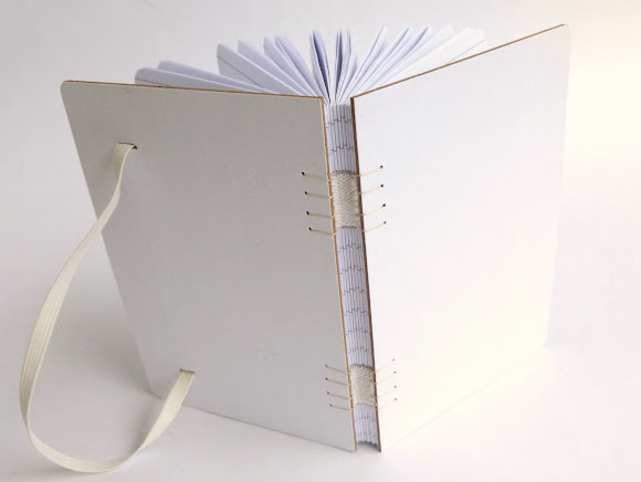 caderneta-pautada-encadernaçao-artesanal-tecida-promoçao