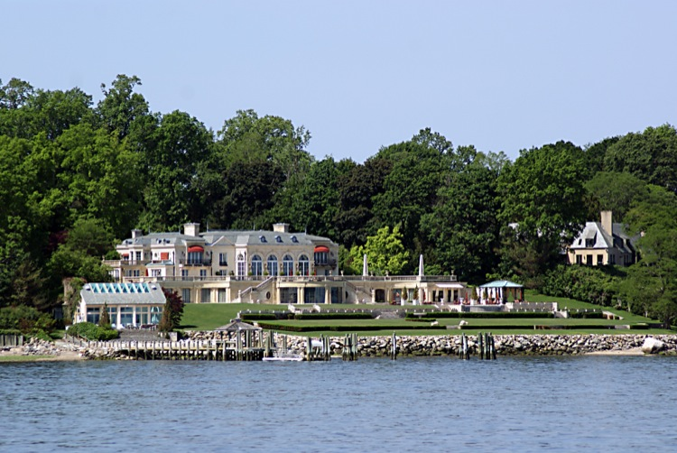 Life in the slow lane the pearl june 9 oyster bay ny for Port washington ny