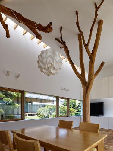 Garden Tree House by Hironaka Ogawa & Associates