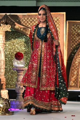 Pakistani Dress Designers on Pakistani Designers Bridal Collection 2011