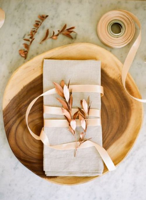 Pretty neutral brown fall table decor