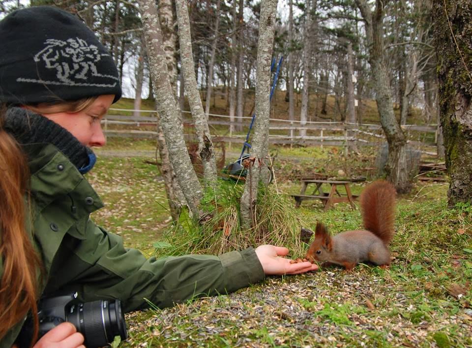 Meg og en ekornvenn