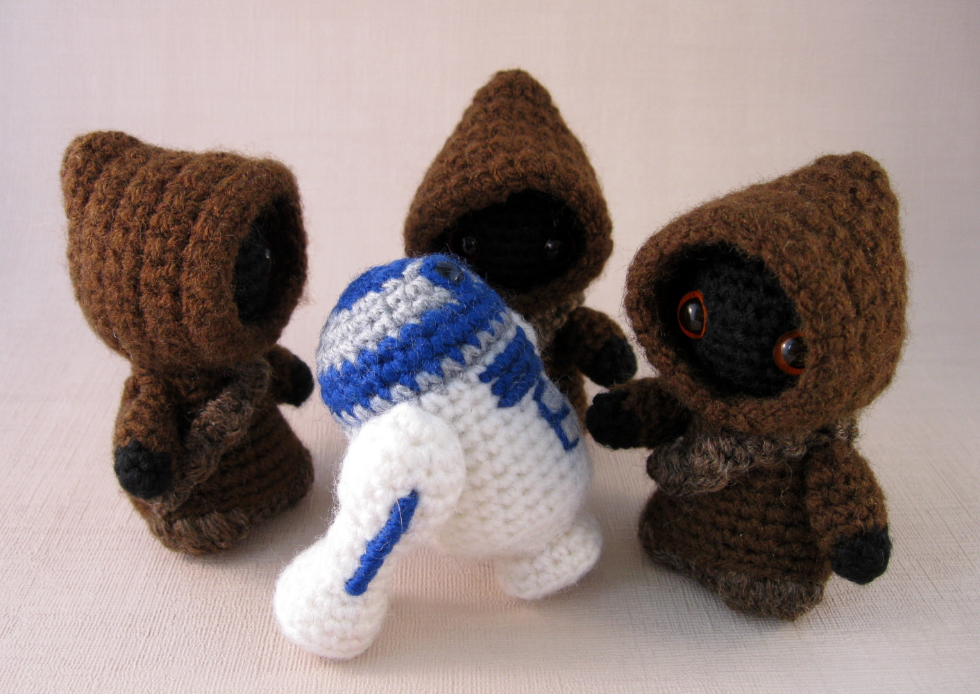 Crochet Patterns Star Wars : LucyRavenscar - Crochet Creatures: Utini! Its a new Jawa pattern!