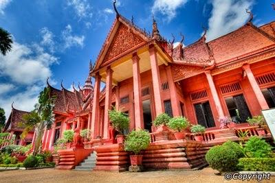 Cambodia Muslim Holiday & Travel, kemboja, phnom penh museum
