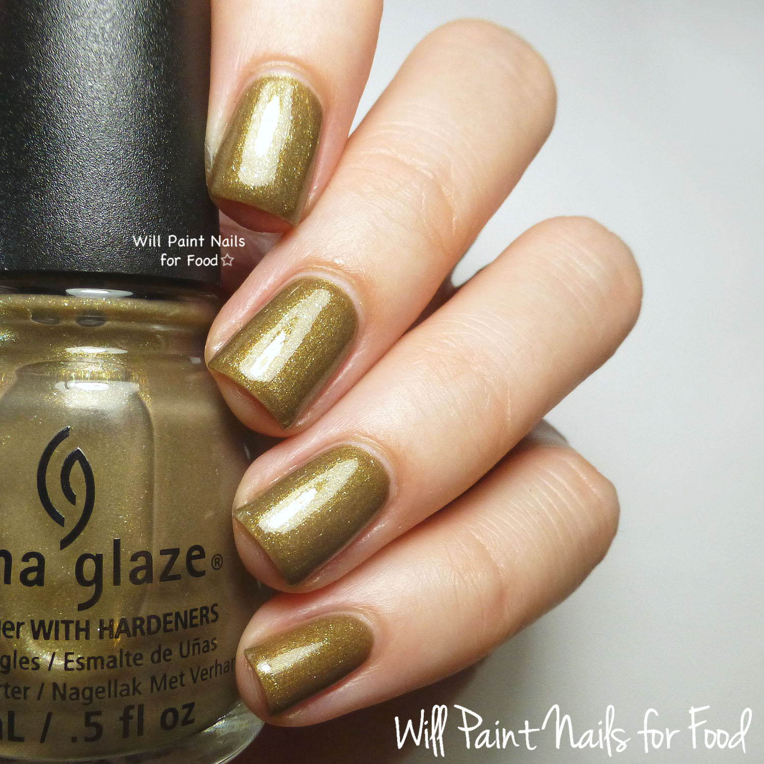 China Glaze Mind the Gap swatch (direct light)