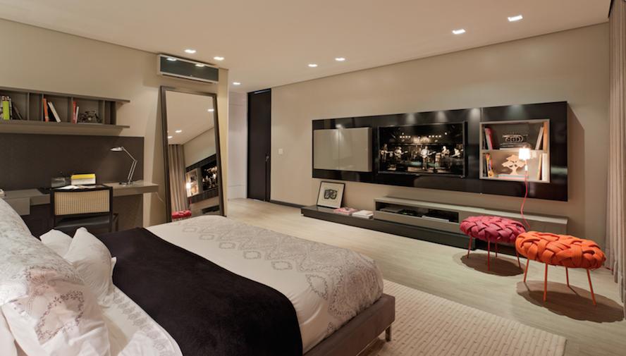 Quarto Vira Sala De Tv ~ Móveis para Quarto  Painéis de TV  Thays Diandra Arquiteta  Boa
