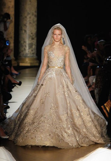 look-scout: Piece of the Day // Elie Saab Haute Couture Bridal Dress ...