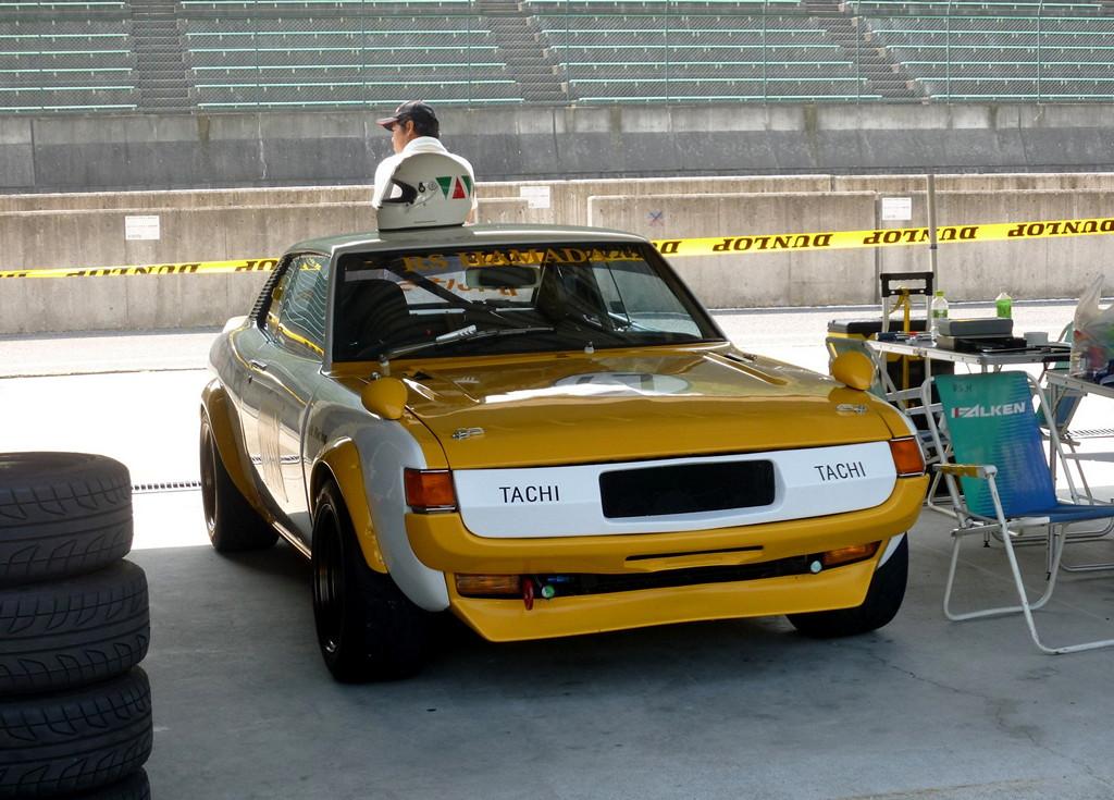 ciekawe samochody, kultowe, z duszą, JDM, japońskie, Toyota Celica, galeria, zdjęcia, wyścigowe, racing, yellow, żółty