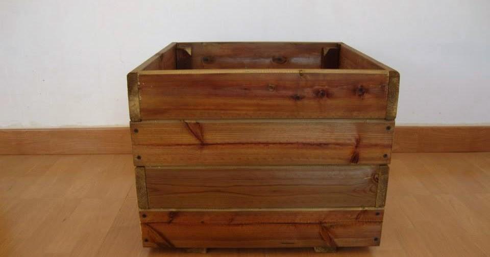 Jardineras de madera maceteros exterior for Jardineras de madera para exterior