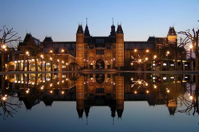 ve may bay di amsterdam - bảo tàng Rijksmuseum