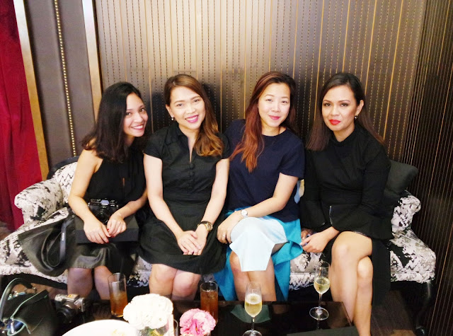 A photo of Nikki with Alyssa, Peewee and Jane