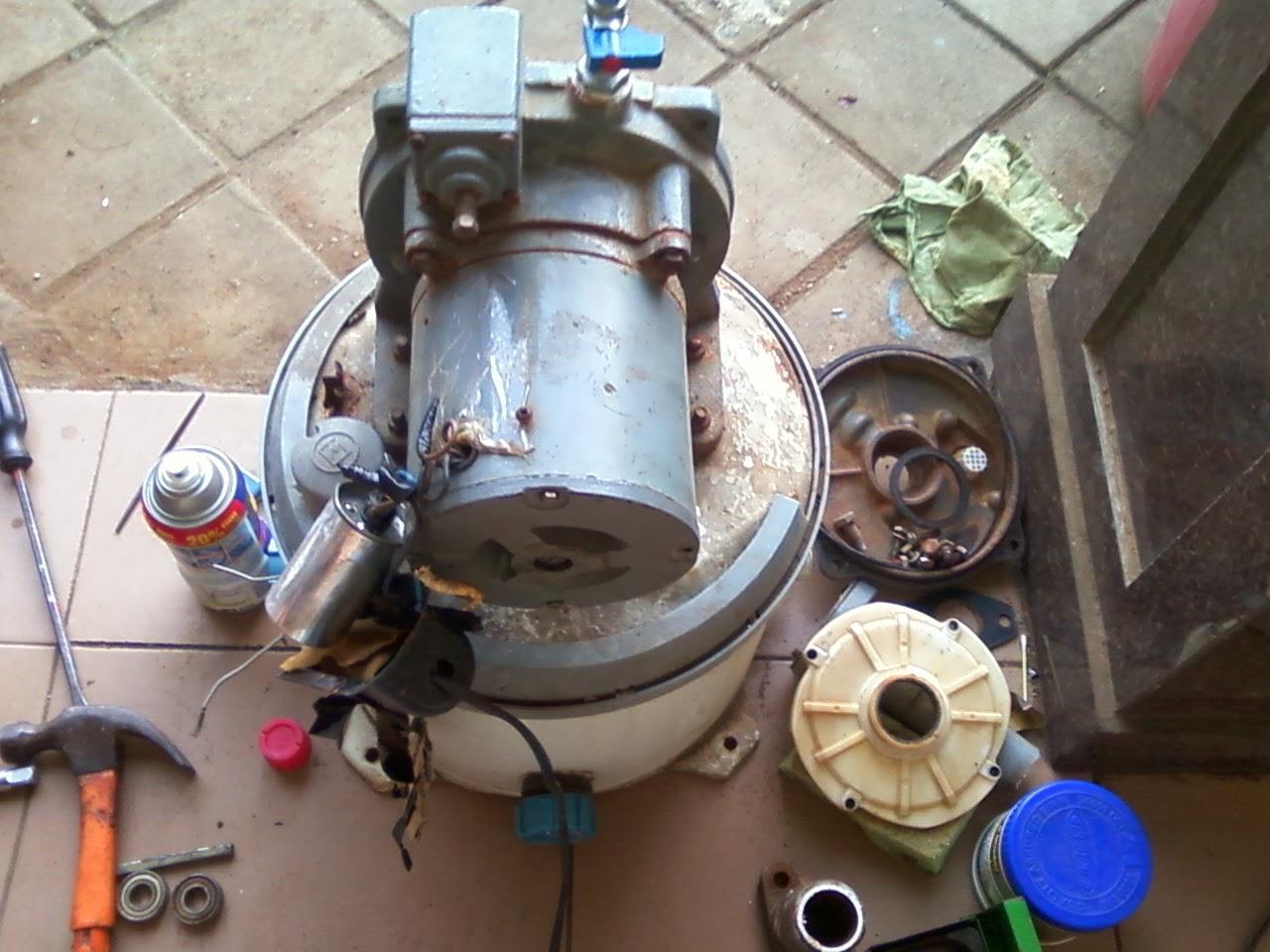 Contoh Pompa Air Yang Sedang Diperbaiki