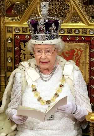 hail to the queen long may she reign the queen also wears this crown    Queen Elizabeth Crown