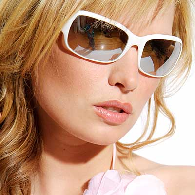Labels  fashion glasses for women 2012   latest fashion trends    Fashionable Glasses For Women 2012