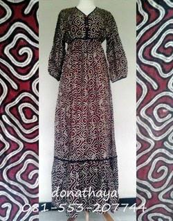 Handmade Fashion: Gamis Batik Heringborn Kancing