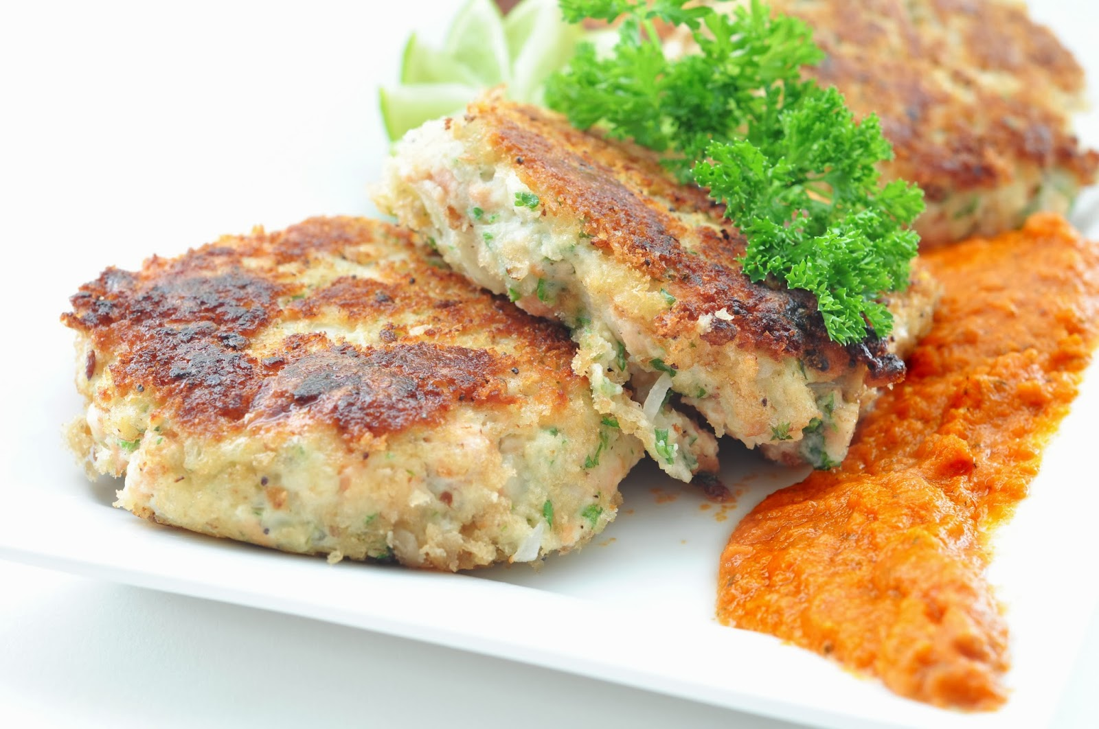 How Do You Fry Salmon Cakes