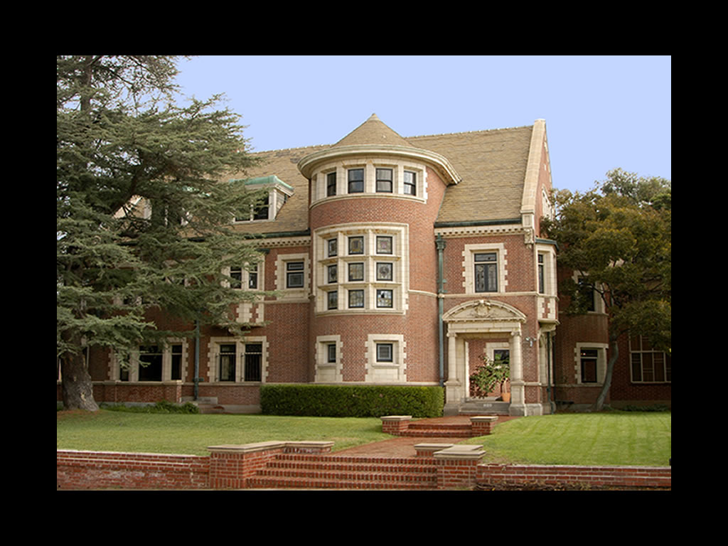Backinmemphis american horror story house up for sale for American horror house