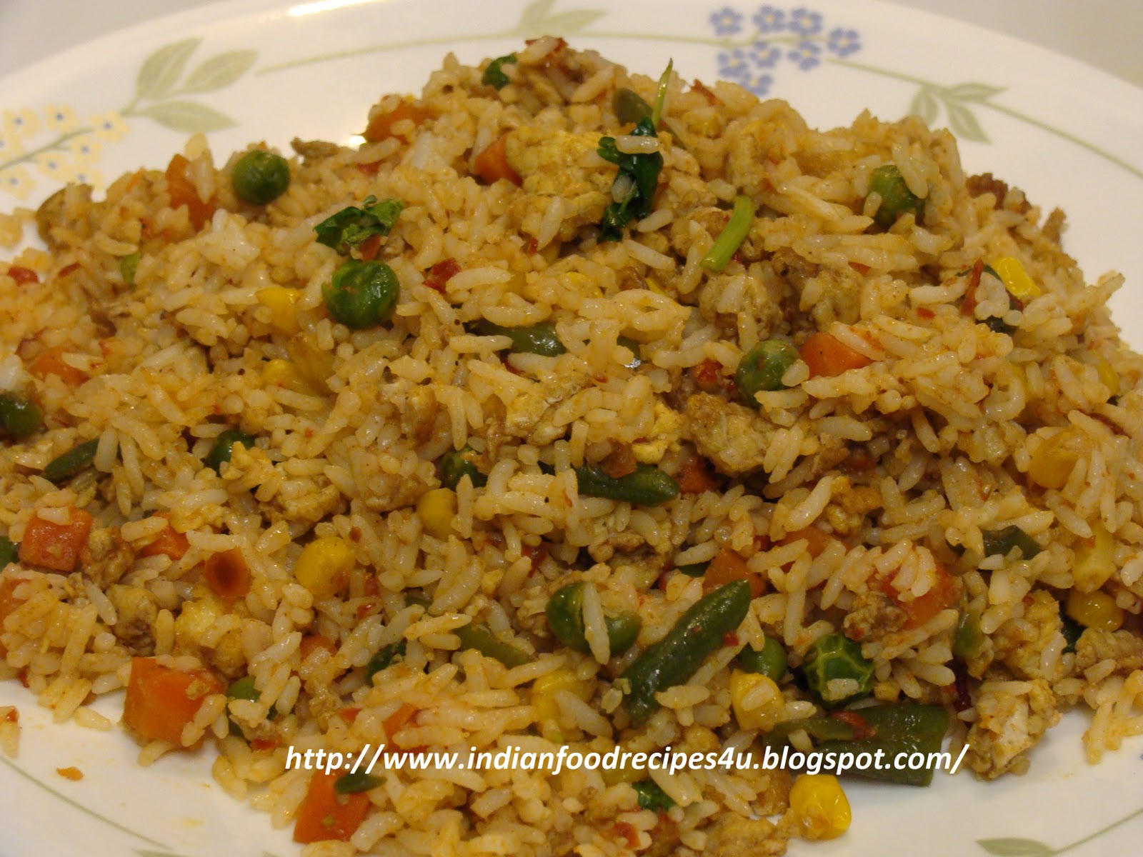 Indian Food Recipes For You: Egg Fried Rice - Indian style
