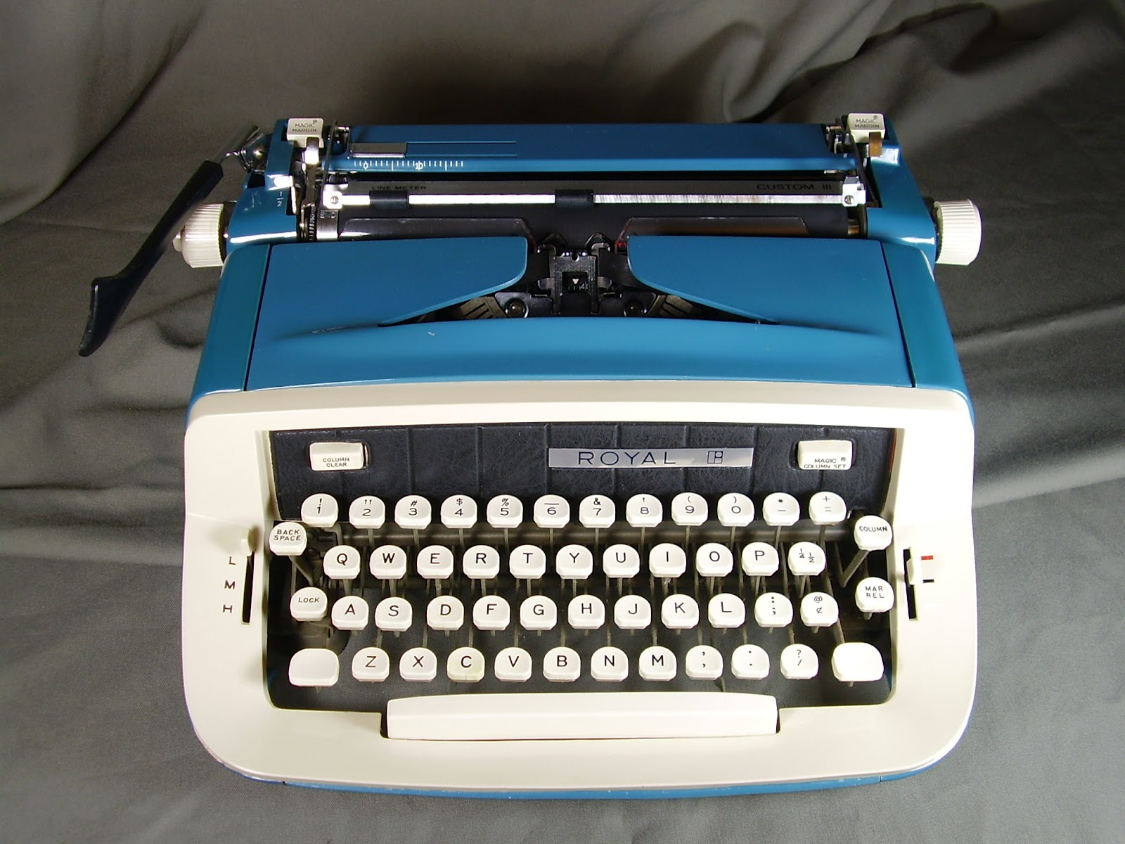 dating a royal typewriter Antique typewriters for sale | value and price guide 679 likes  1930's royal antique typewriter glass sides and keys in collectibles,.