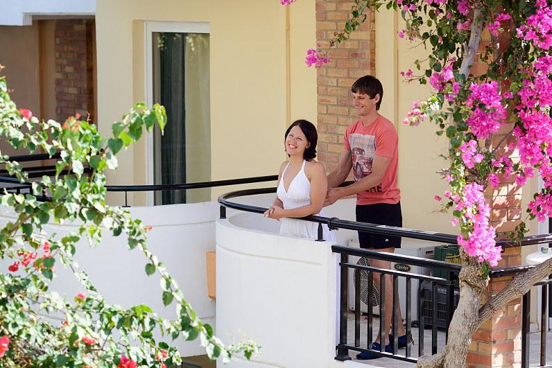 Povestuvinė fotosesija viešbutyje Chrispy Deluxe Wing Graikijoje