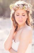 Autor: Monika Podnajmer o 13:34 (pretty wedding fryzury slubne wianki ze swiezych kwiatow )
