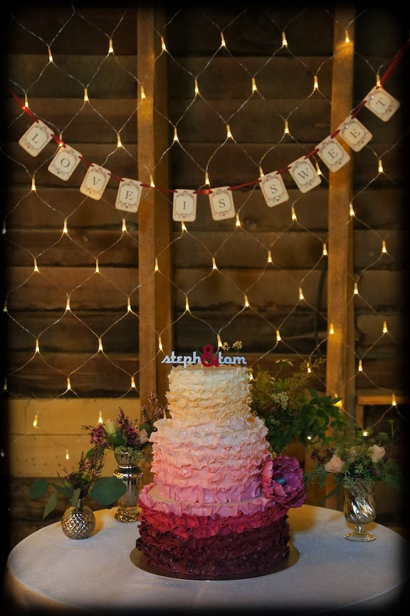 Mount Vernon Farm Wedding Cake