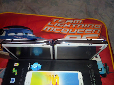 Samsung Galaxy Note II & SKK Mobile Silver, Top