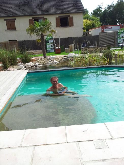 Visite du bassin de baignade de cr ation verte et de son for Chauffer piscine naturelle