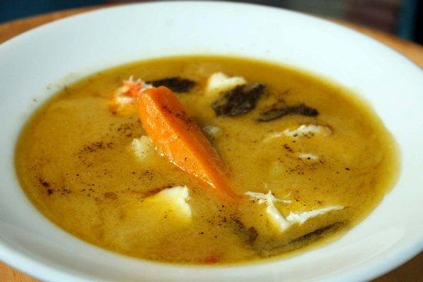 Chef mitsos recommends psarosoupa avgolemono for Lemon cream sauce for fish