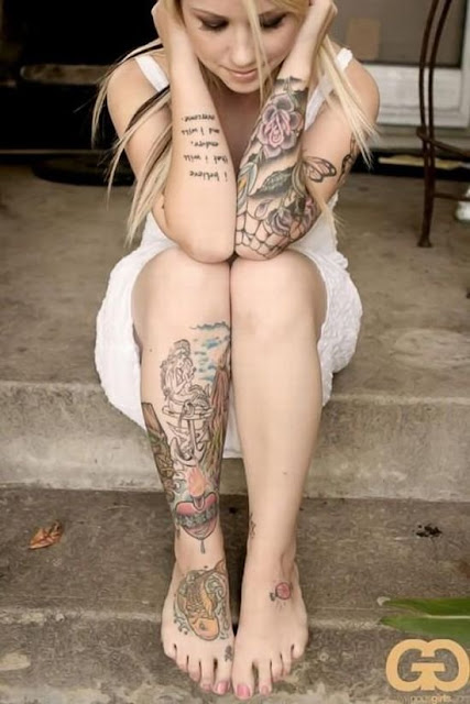 sexy girl with tattoos - photo #28
