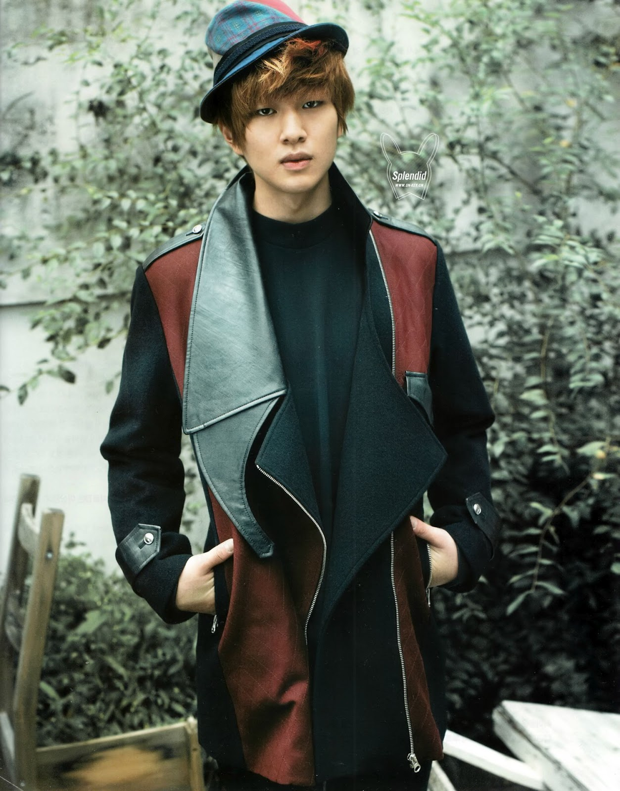 """Blood Diamond""    Cápitulo III- 02-03-2014 [HIATUS] Shinee+onew+singles+magazine+october+2012-1"