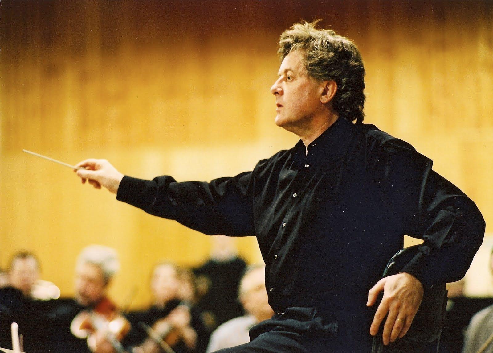 Musicaprogetto evgeny kissin e james judd auditorium for Auditorium parco della musica sala santa cecilia