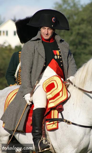 Актер Марк Шнайдер (Mark Schneider) в роли Наполеона