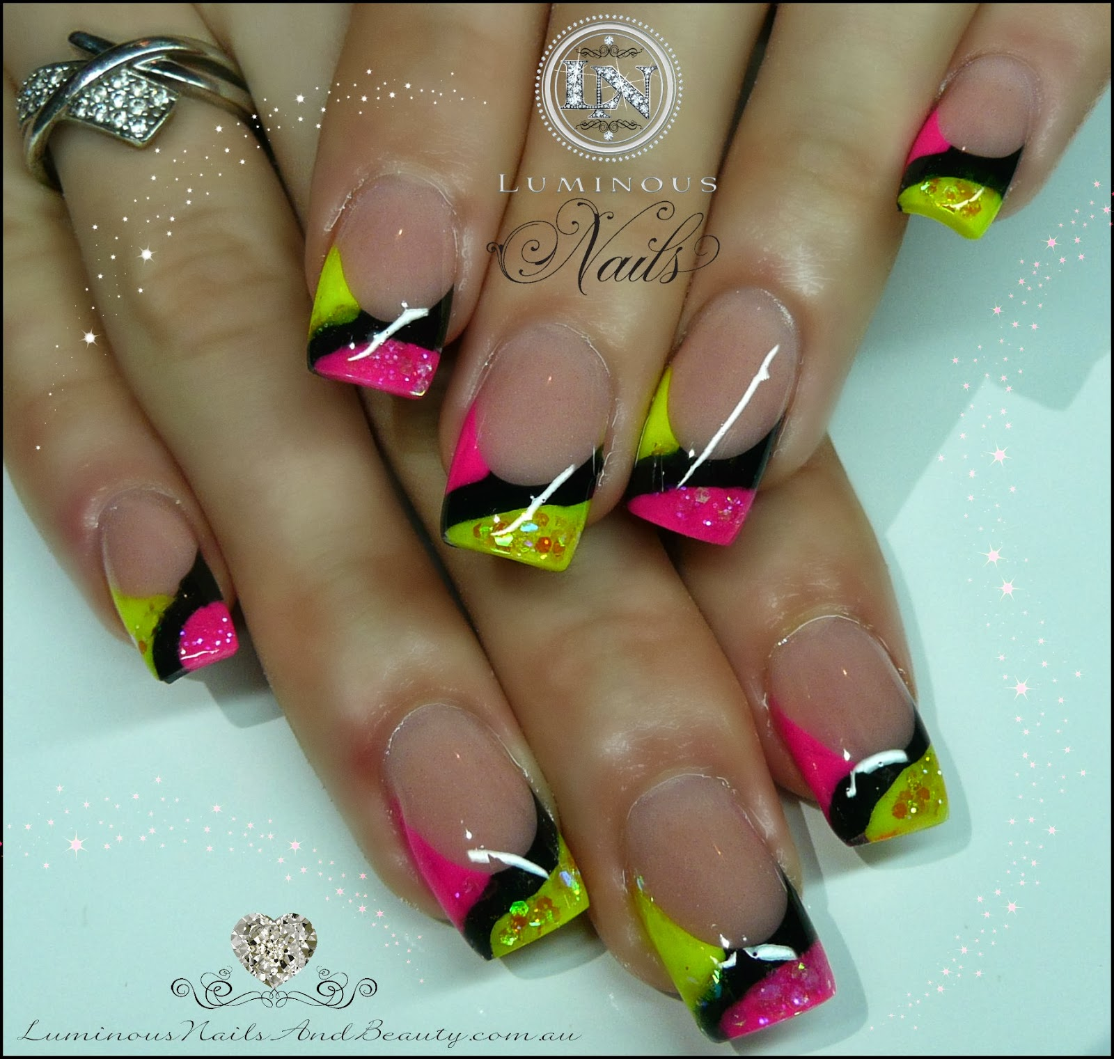 Acrylic Nail Designs Yellow And Black ~ Simple nail art yellow and blue
