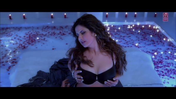 Julie 2 hindi dubbed movie  hd